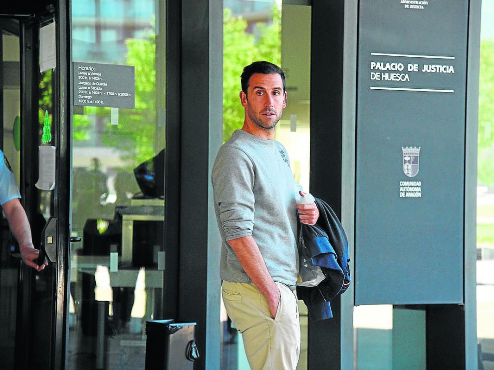El futbolista Íñigo López, el pasado 30 de mayo tras declarar ante el juez Ángel de Pedro.