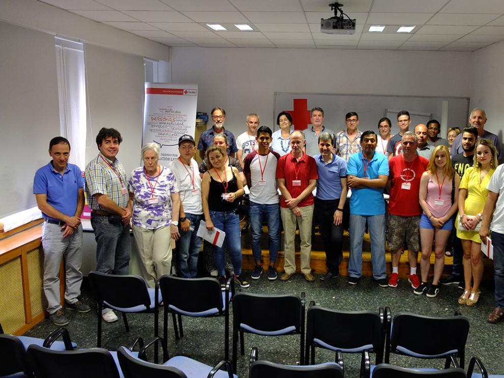 Los nuevos voluntarios de Cruz Roja en Huesca.