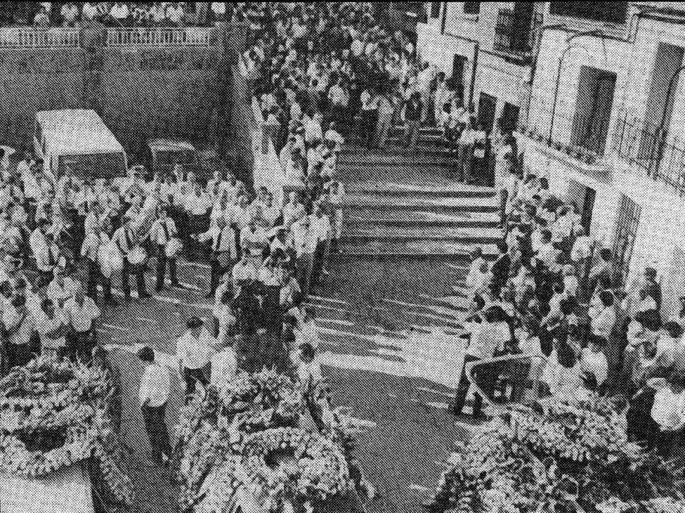 Momento del funeral en Encinacorba en 1988