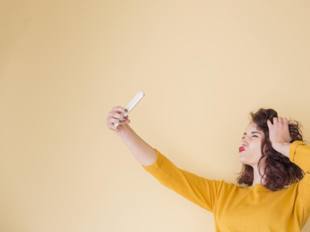 La luz, el encuadre y la posición son claves para conseguir un selfi decente.