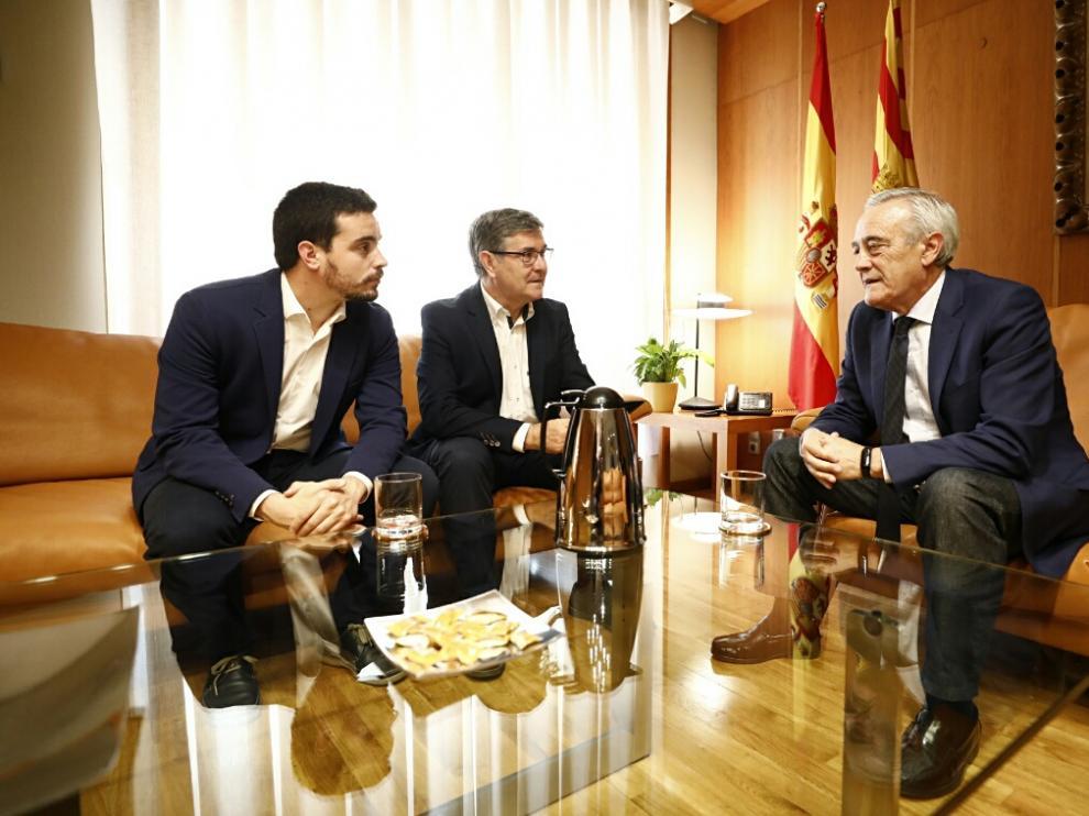 Darío Villagrasa y Vicente Guillén, con Javier Sada