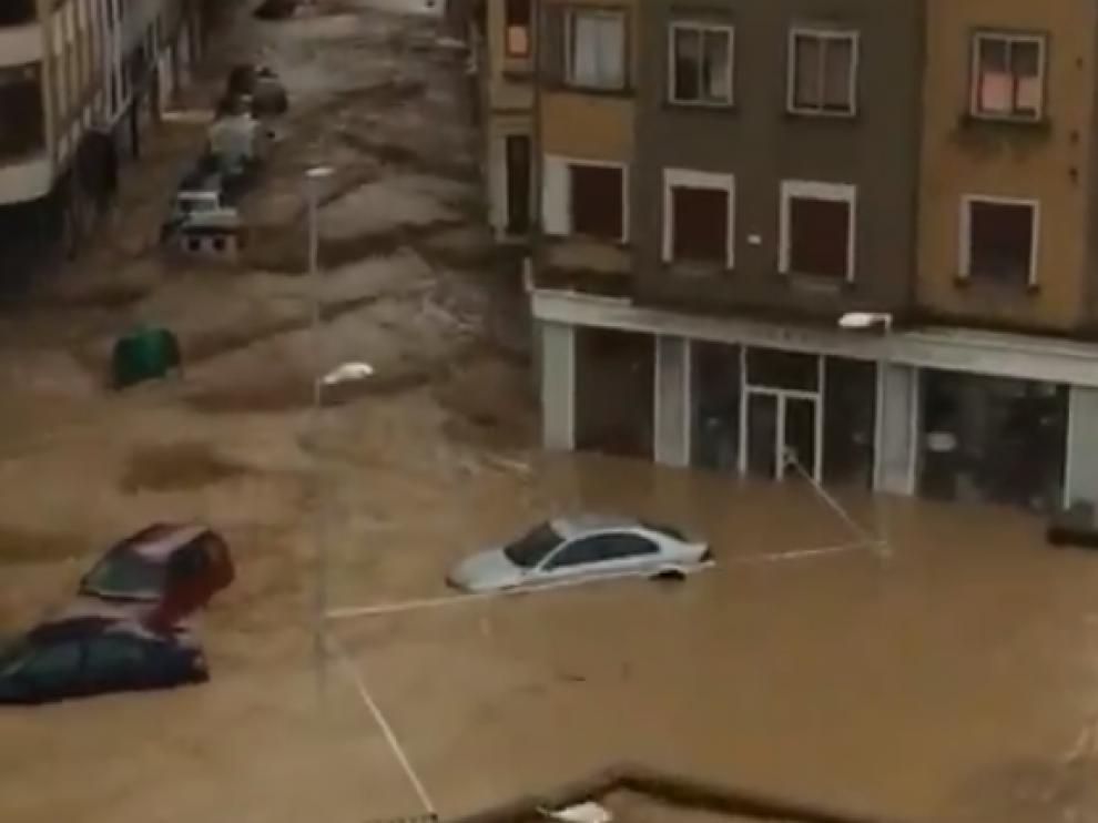 Inundaciones en Tafalla (Navarra) por el desbordamiento del río Cidacos.