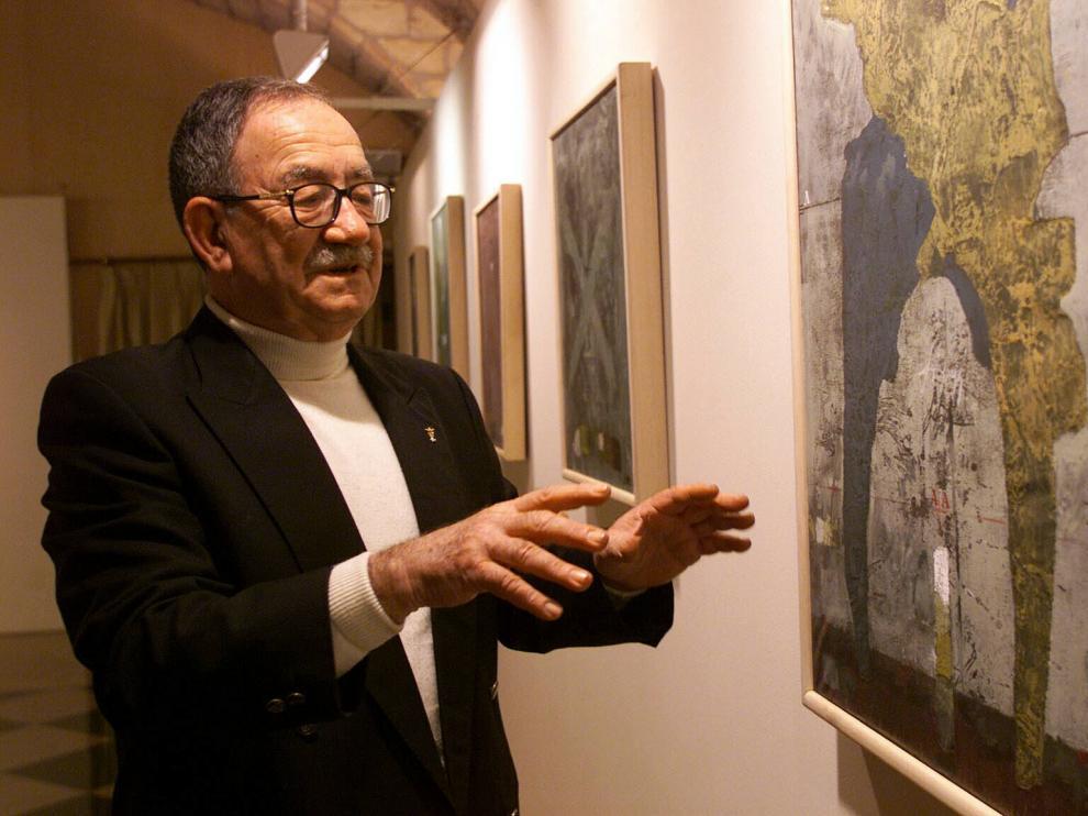 El grabador Mariano Rubio, durante la inauguración de una de sus exposiciones.