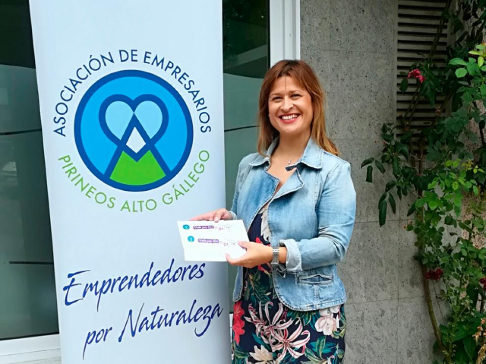 Beatriz es una de las ganadoras de los cheques regalo de la campaña.