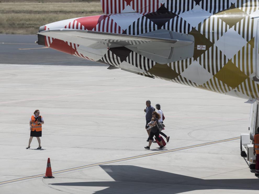 Vuelo de Volotea en el aeropuerto de Zaragoza.