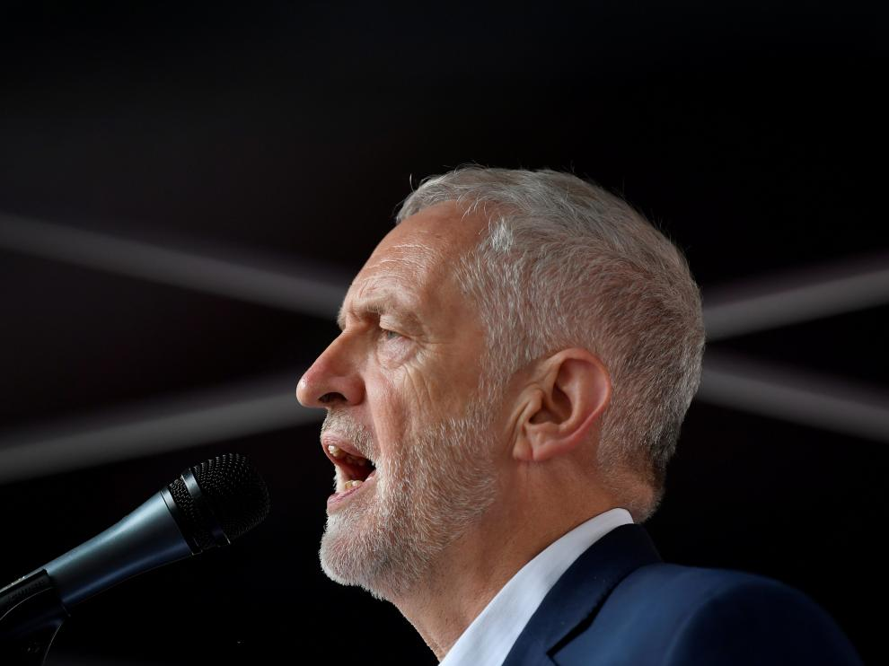 FILE PHOTO: Britain's opposition Labour Party leader Jeremy Corbyn speaks during a rally against U.S. President Donald Trump, in London, Britain, June 4, 2019. REUTERS/Toby Melville/File Photo [[[REUTERS VOCENTO]]] BRITAIN-EU/LABOUR
