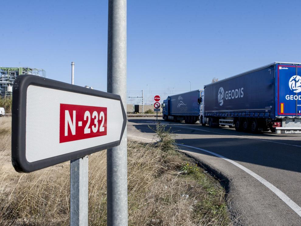 La DGT prohibió a los vehículos pesados circular por un tramo de N-232 en La Rioja.