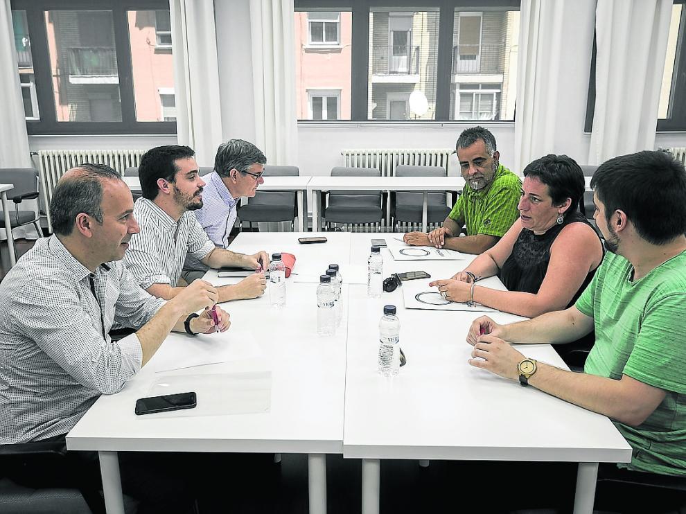 MESA DE NEGOCIACION ENTRE PSOE Y PODEMOS ARAGON / SEDE DEL PSOE ( ZARAGOZA ) / 10/07/2019 / FOTO : OLIVER DUCH [[[FOTOGRAFOS]]]
