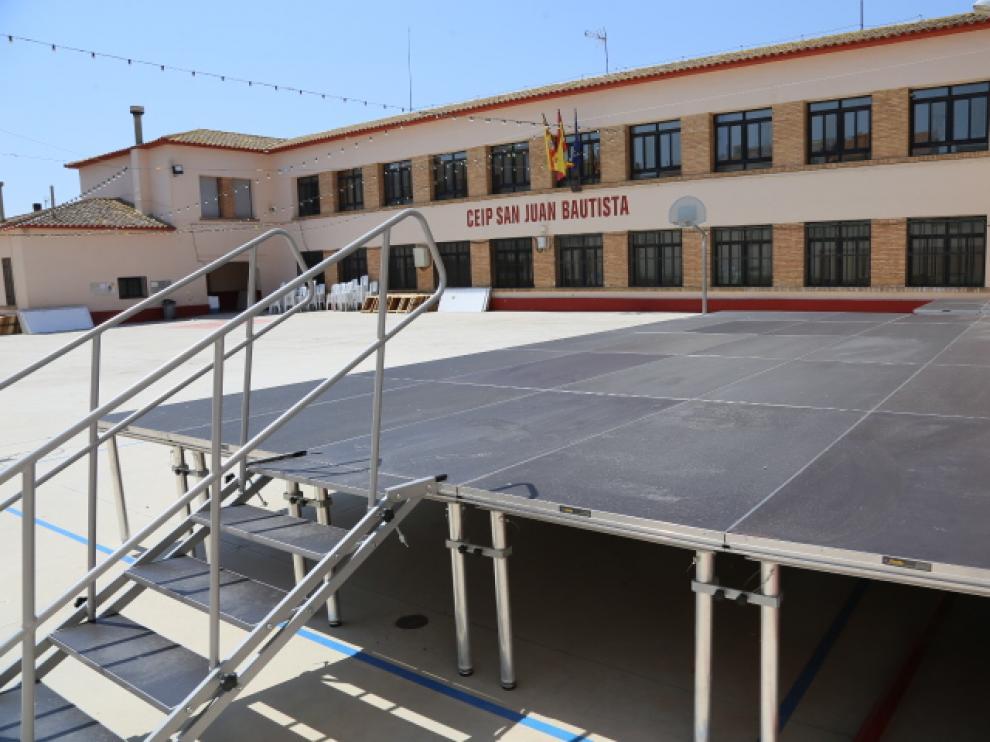 Los escenarios se instalaron por primera vez en el colegio San Juan Bautista.