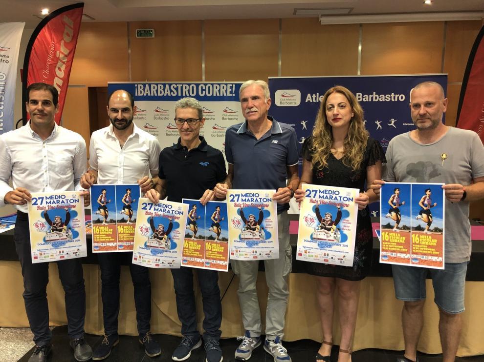 De ida a dcha: Dani Gracia, Fernando Torres, Fernando Abellán, Javier Moracho, Eli Río y Juan Diego.