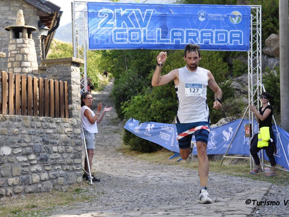 Luis Alberto Hernando a su llegada a la meta en la carrera del año pasado.