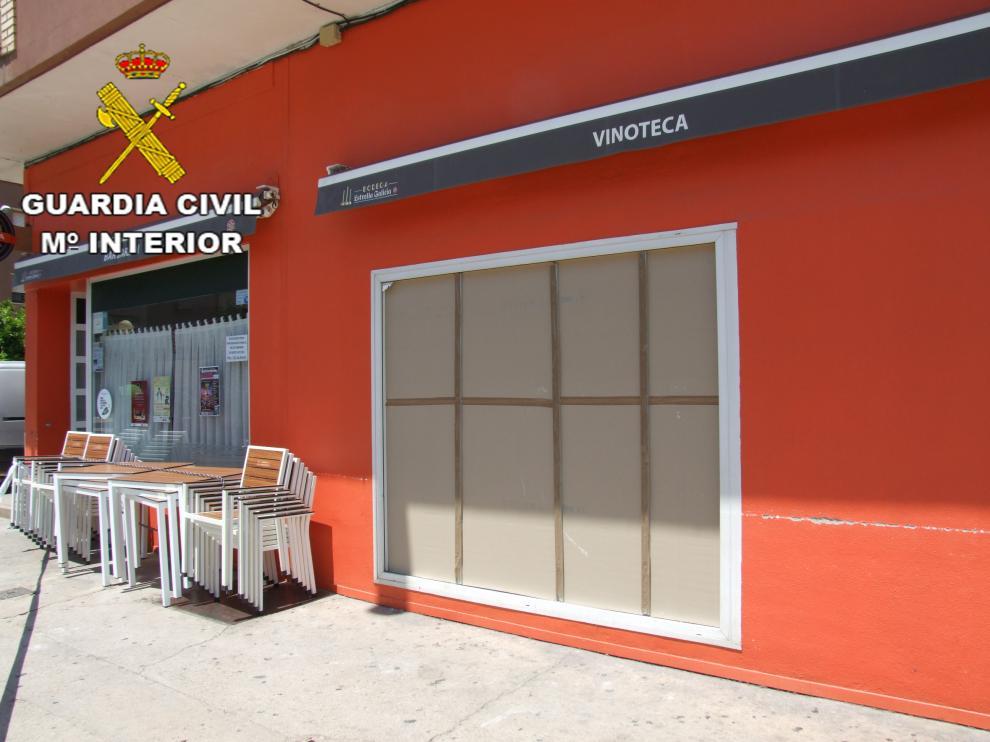 El bar 'Jardín' de Alcañiz, donde se produjo el robo.