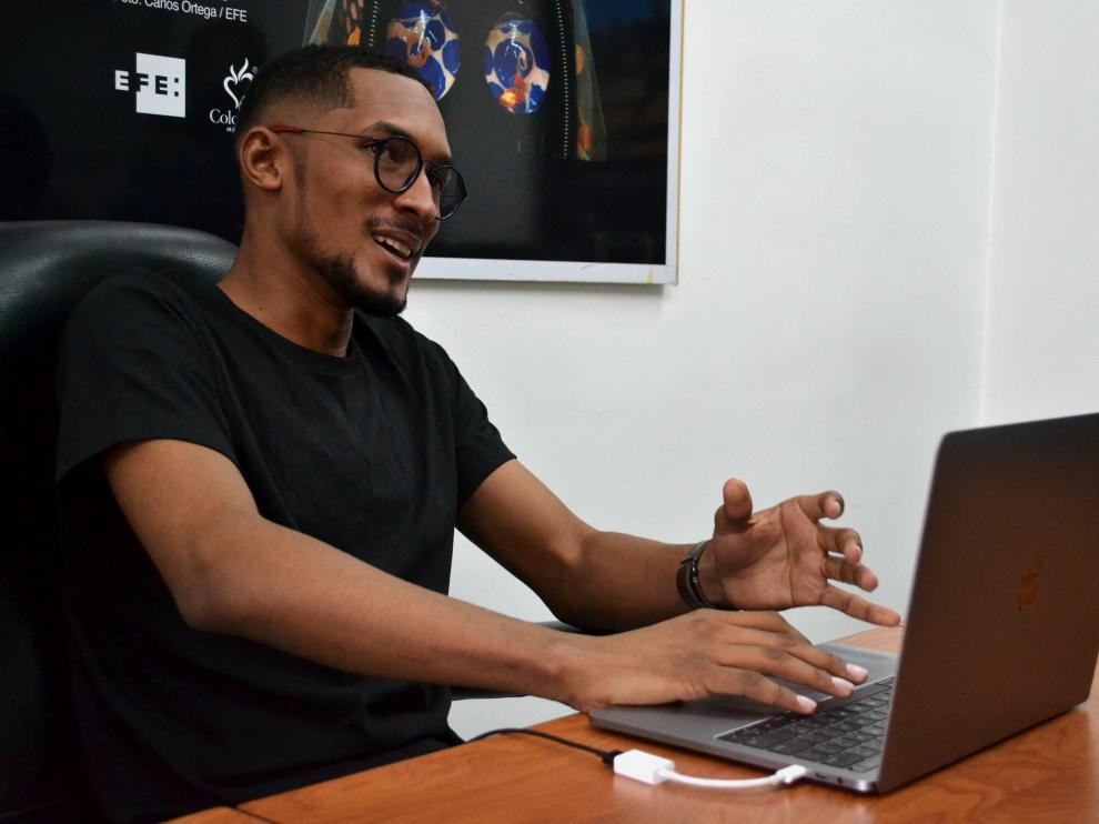 Jose Pino, hacker colombiano experto en ciberseguridad.