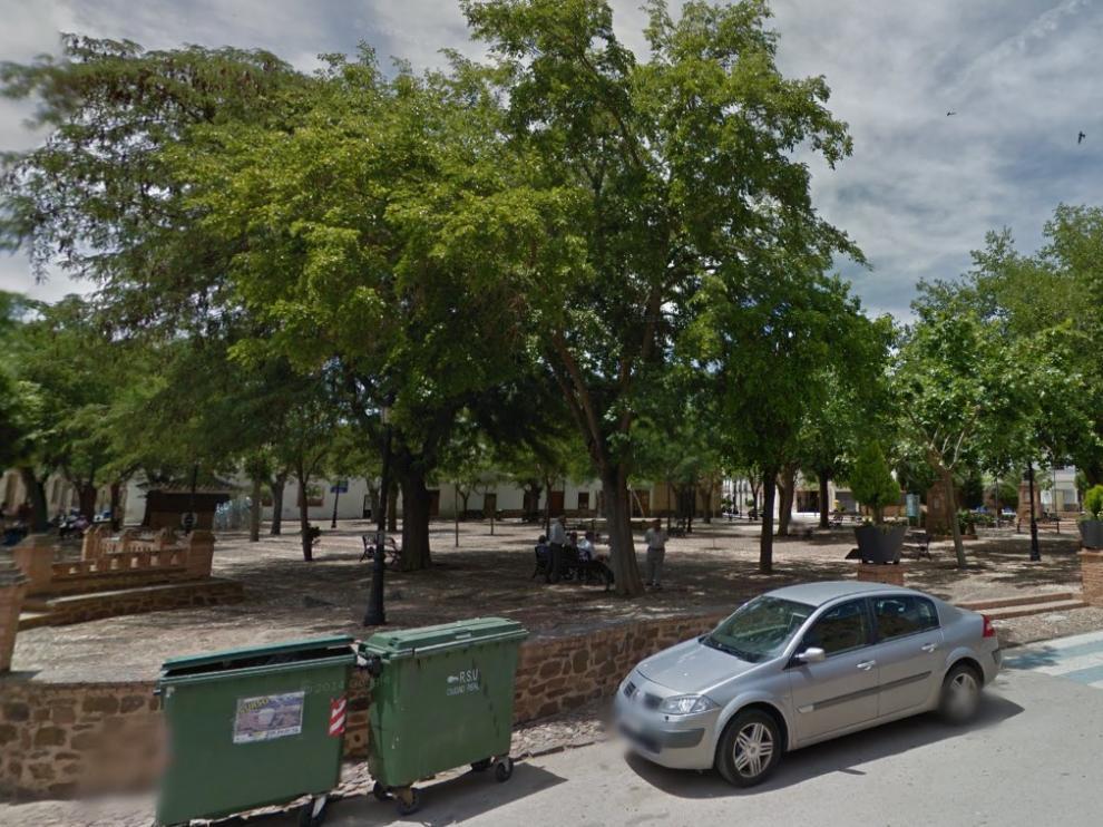 Vista diurna de la plaza del Pradillo, donde ocurrieron los hechos.