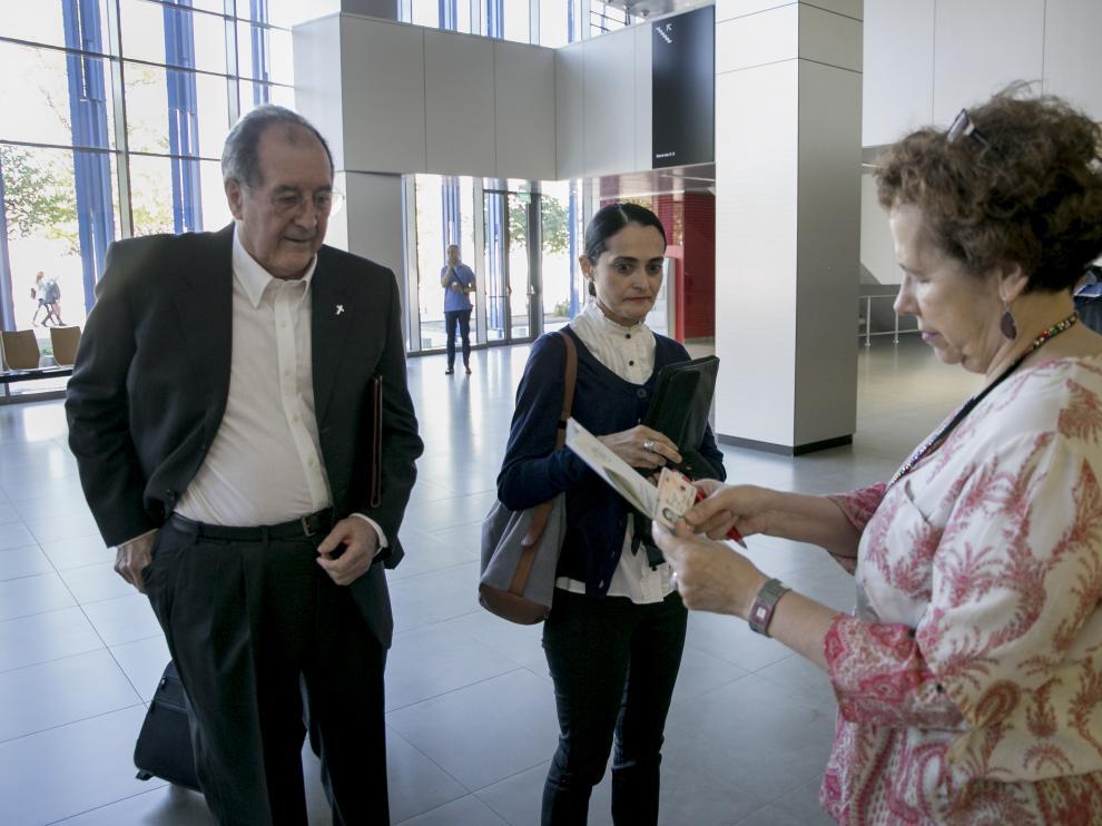 Los acusados, momentos antes del iniciarse el juicio en la Ciudad de la Justicia de Zaragoza.