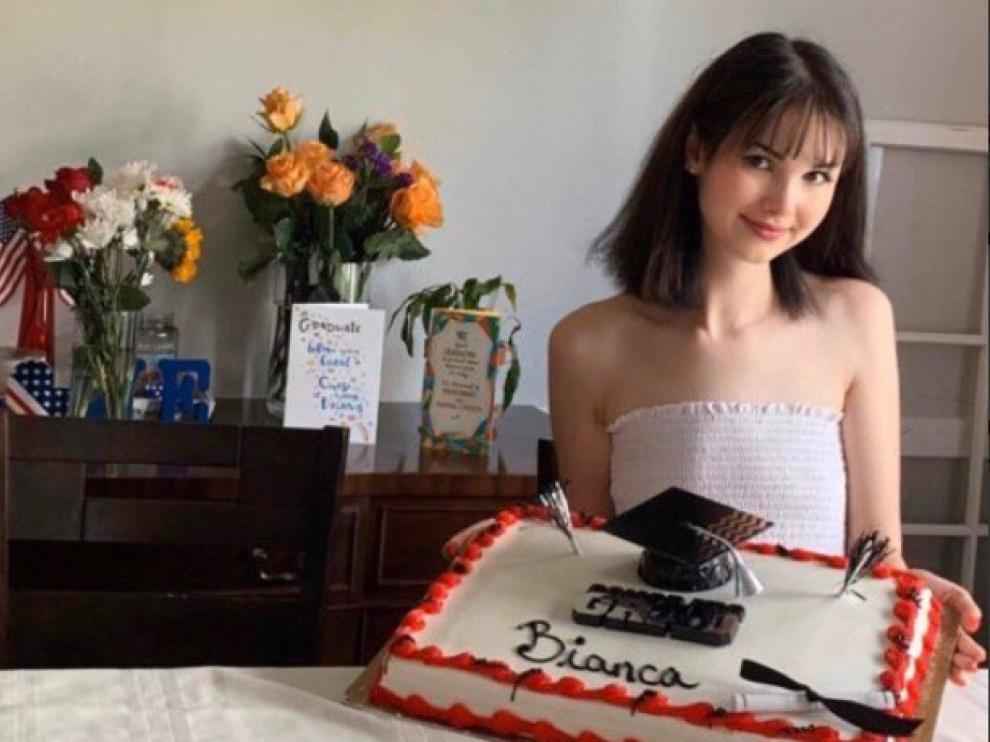 Asesina a la 'influencer' Bianca Devins y publica en las redes fotos con el cadáver