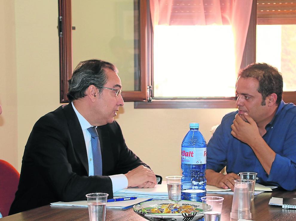Ignacio Montaner (Endesa) y Antonio Amador (alcalde de Andorra)