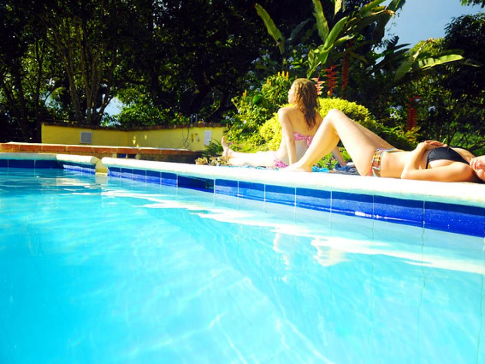 ¿Hay detectores de orina en las piscinas?