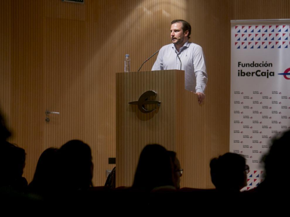 El periodista Alejandro Domínguez ha desvelado las posibilidades del 'blockchain' en la comunicación.