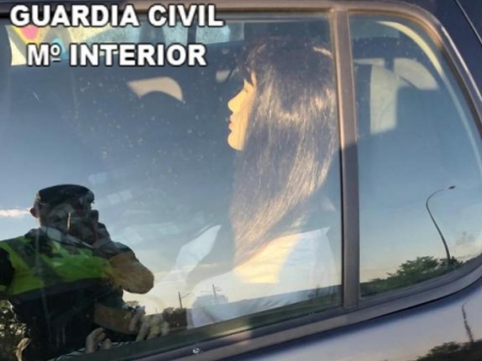 El maniquí con peluca y ropa que utilizaba una conductora.