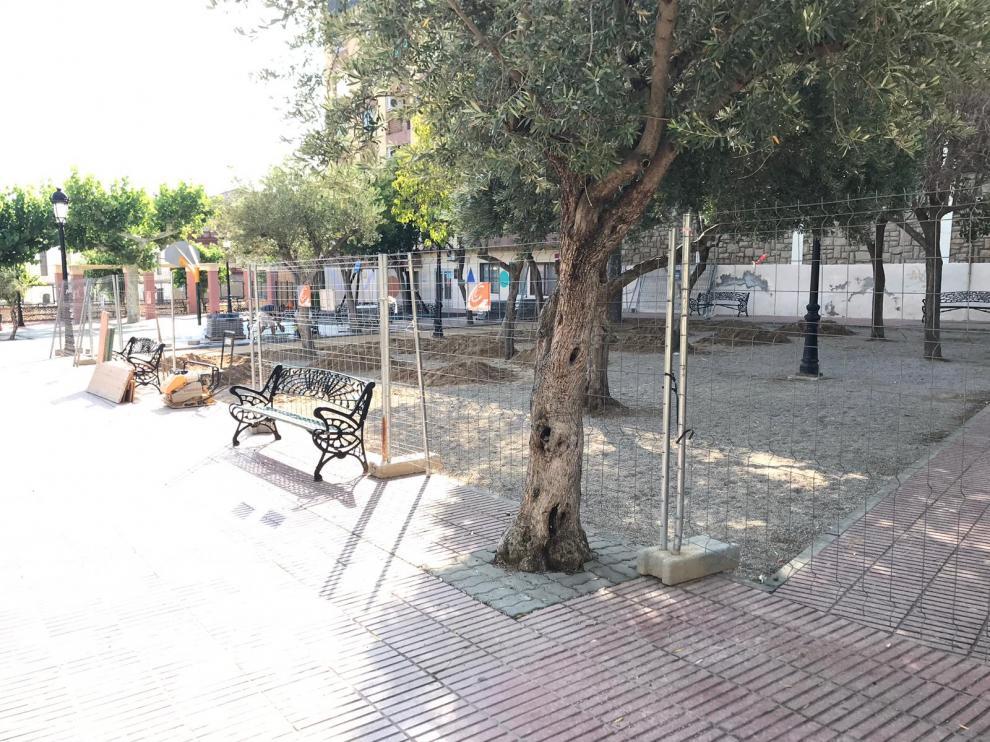 El recinto del jardín de la estación ya se ha vallado para empezar las obras.
