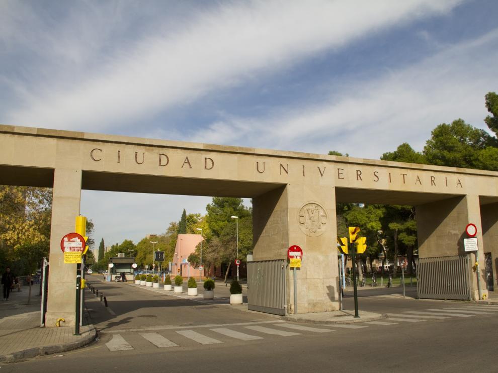 Puerta Campus Universidad de Zaragoza, Plaza San Francisco/23.10.12/Gloria Morella