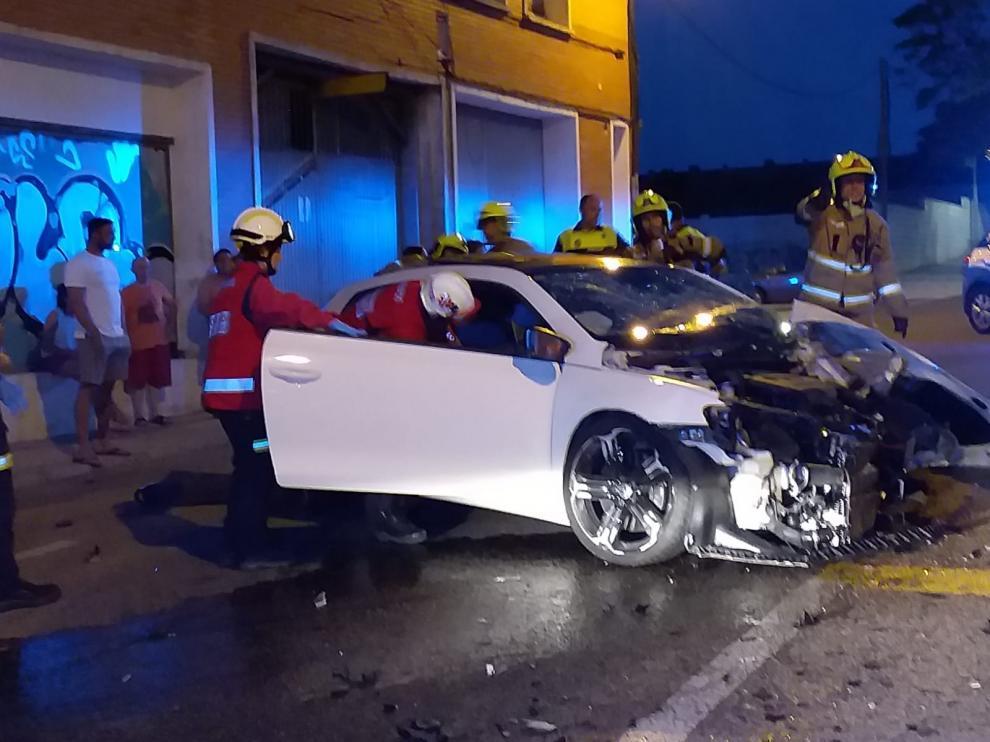 Accidente de tráfico en la calle Biel, en Valdefierro.