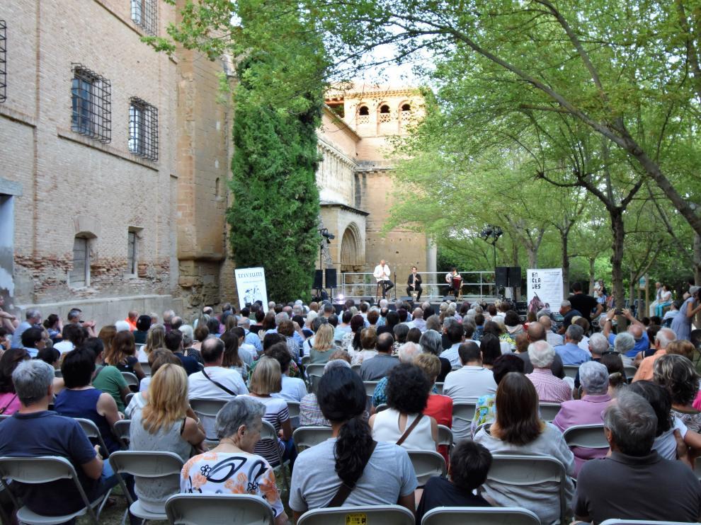 Cerca de 400 personas asistieron al concierto de Trivium Klezmer en el monasterio de Casbas