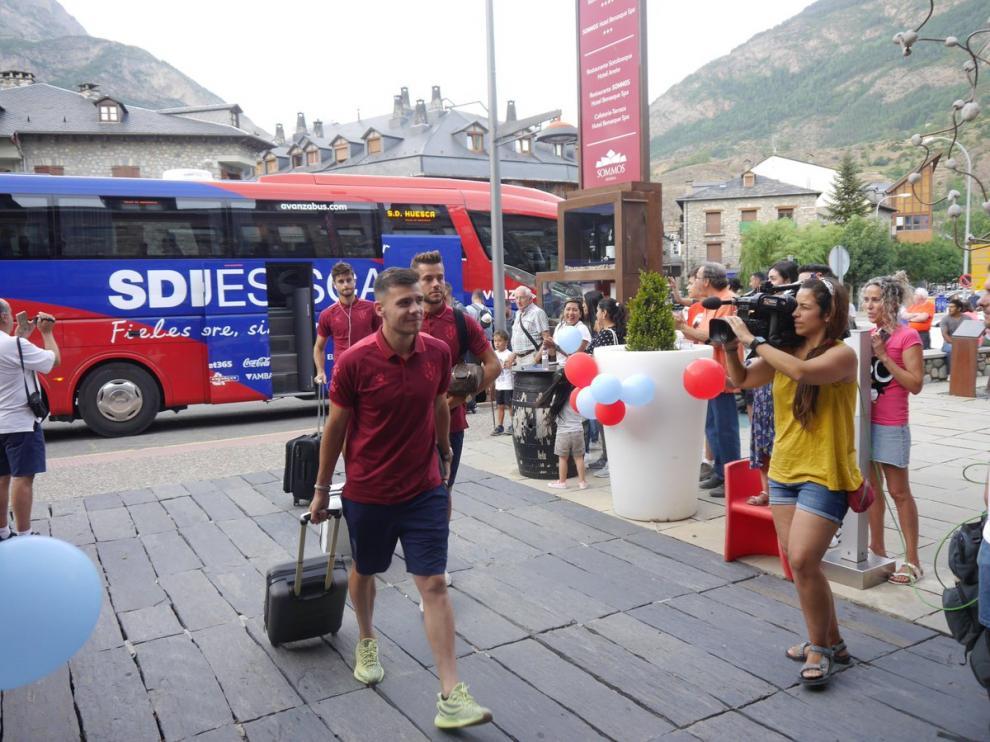Álex Gallar, en la llegada de la SD Huesca a Benasque.