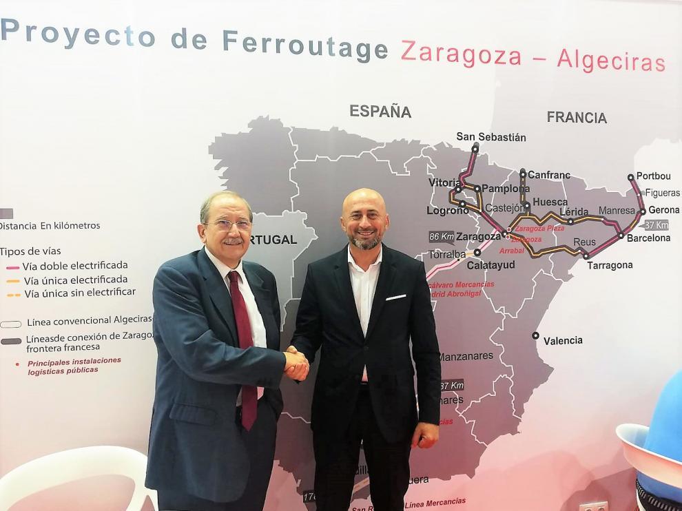 Francisco de la Fuente ha formalizado la compra con Juan Jesús Sánchez.