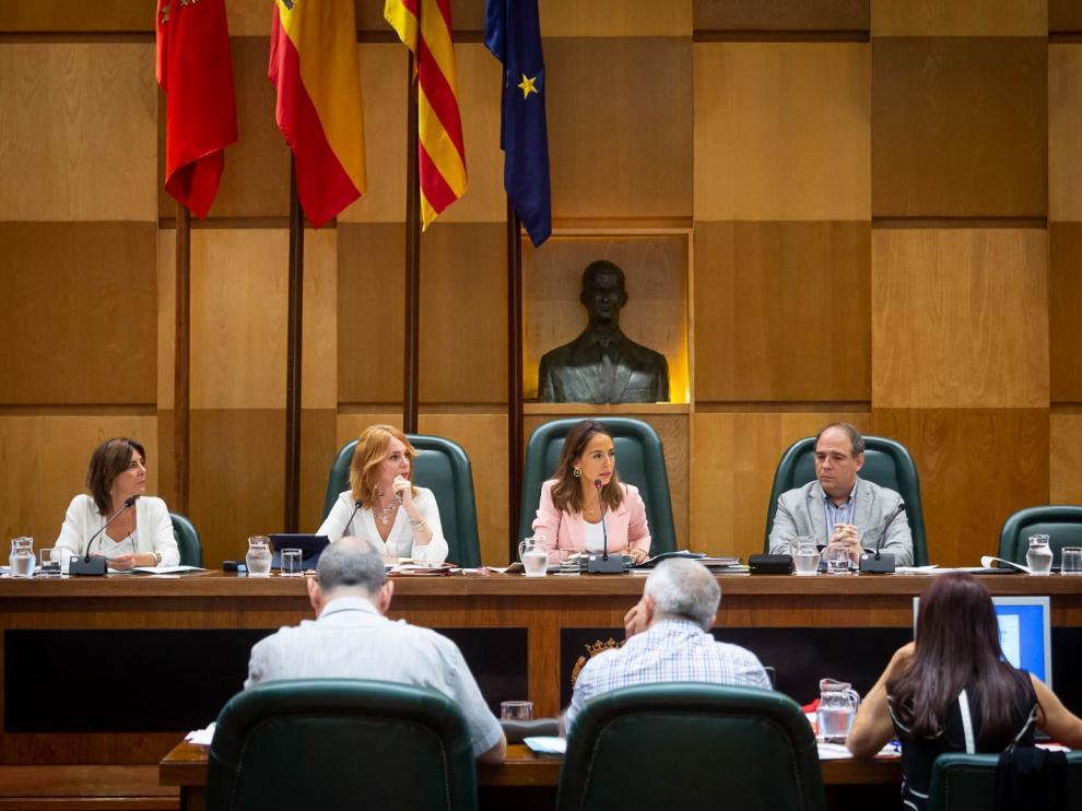 María Navarro (PP) preside la comisión de Economía y Hacienda