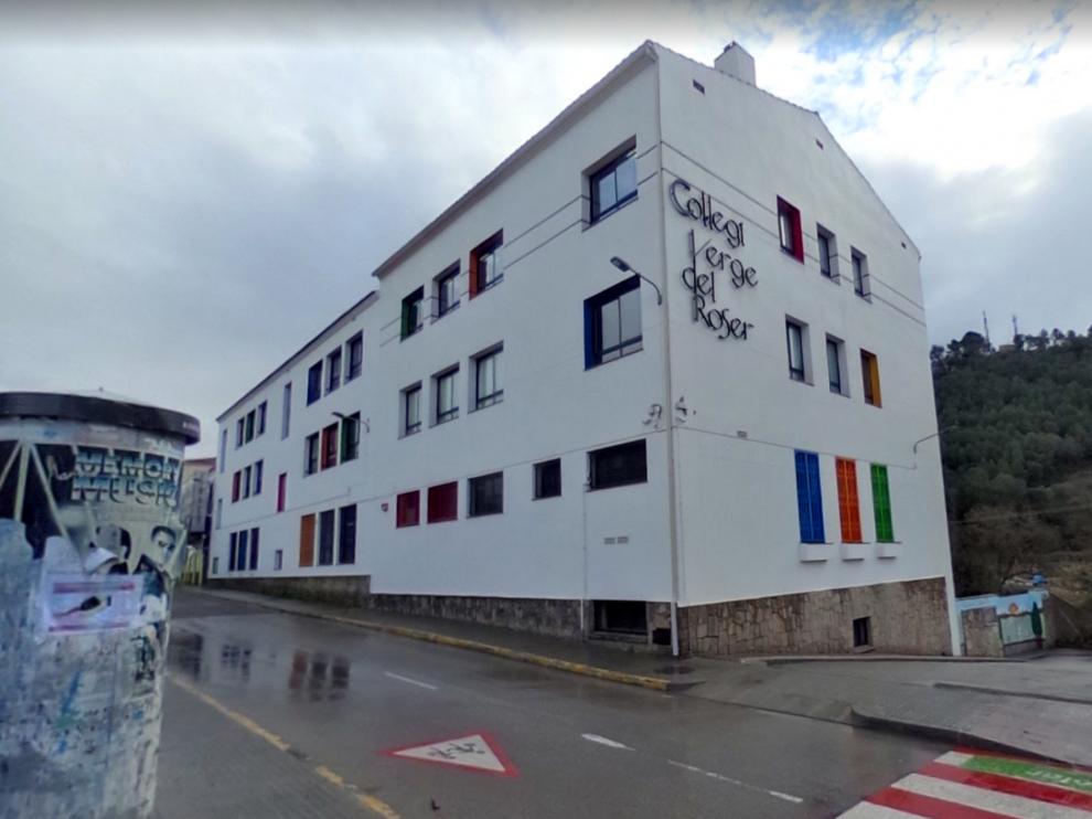 Los hechos ocurrieron en el colegio del Roser de Vallirana (Barcelona), un centro concertado que ofrece educación infantil, primaria y ESO.
