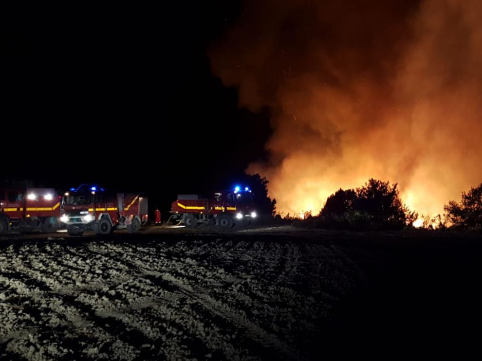 El fuego afecta a los términos de Leciñena y Perdiguera.