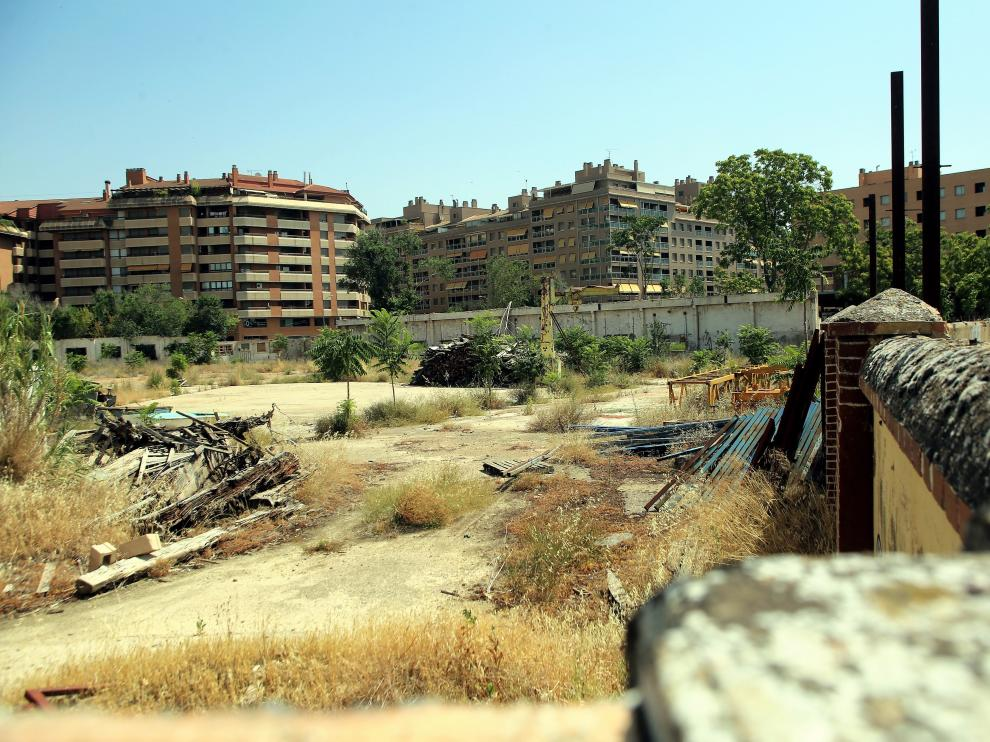 Zona del solar de las harineras cercana a la estación Intermodal de Huesca.