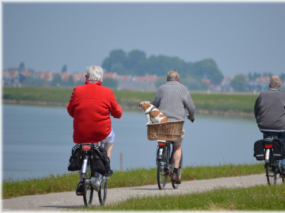 Las actividades deportivas aumentan la sensación del logro personal, de manera que son muy útiles para las personas mayores.