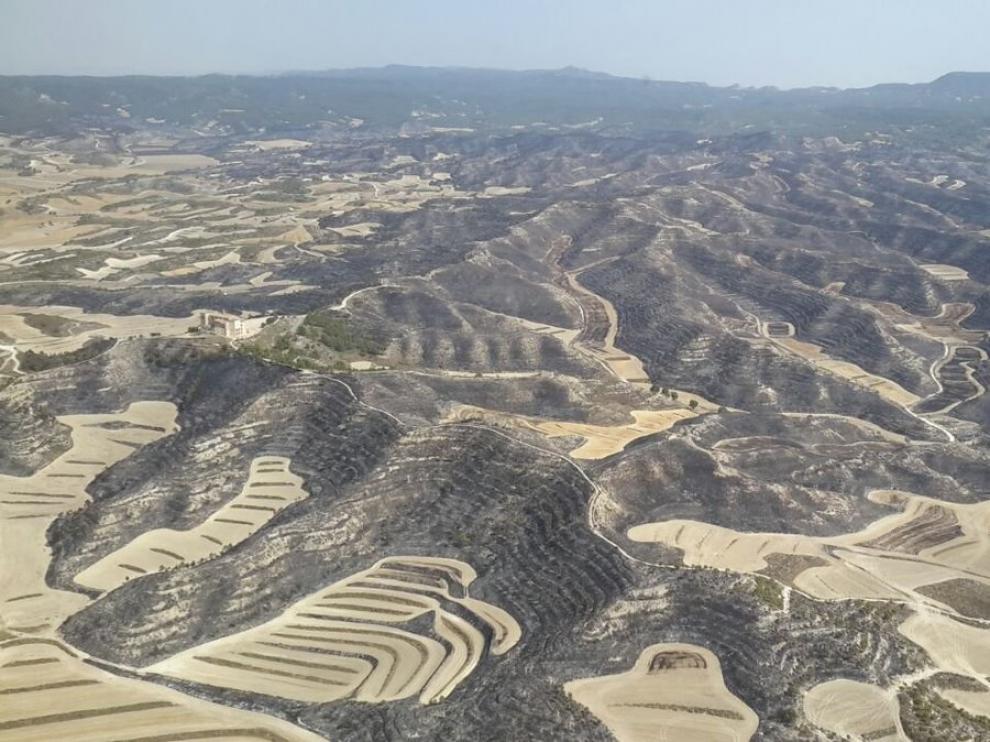 El incendio en la Sierra de Alcubierre se da por controlado.