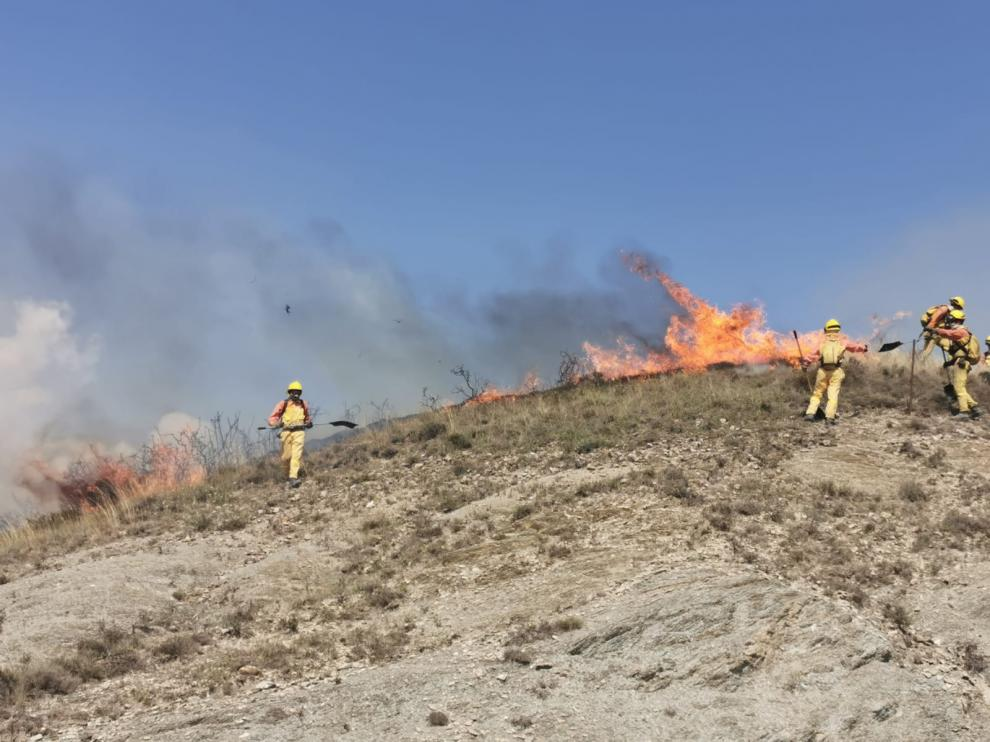 Imagen del incendio declarado cerca de Puente La Reina y Berdún.