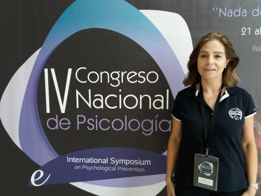 Begoña Álvarez, subdirectora del servicio e protección a la infancia y tutela de Aragón, en el Congreso Nacional de Psicología