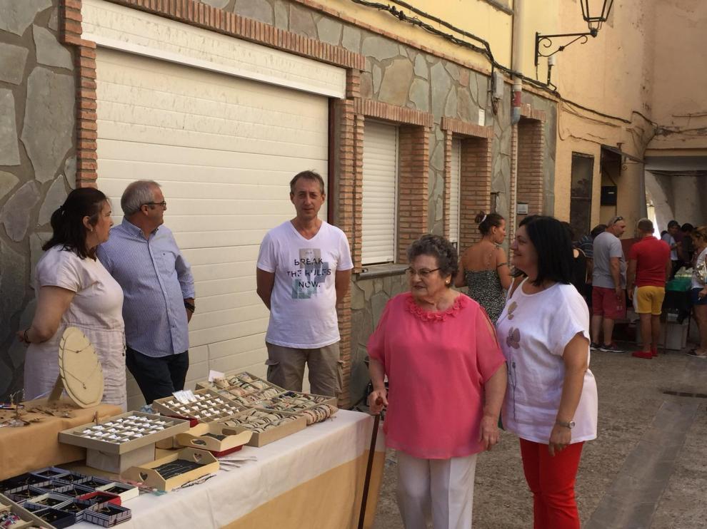 Brea celebró ayer una feria de artesanía, dentro de sus fiestas.
