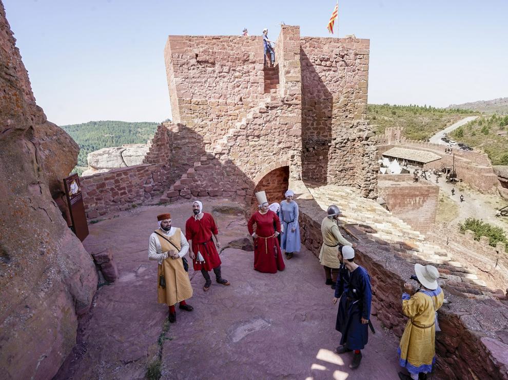 Recreacion historica medieval en el castillo de Peracense.
