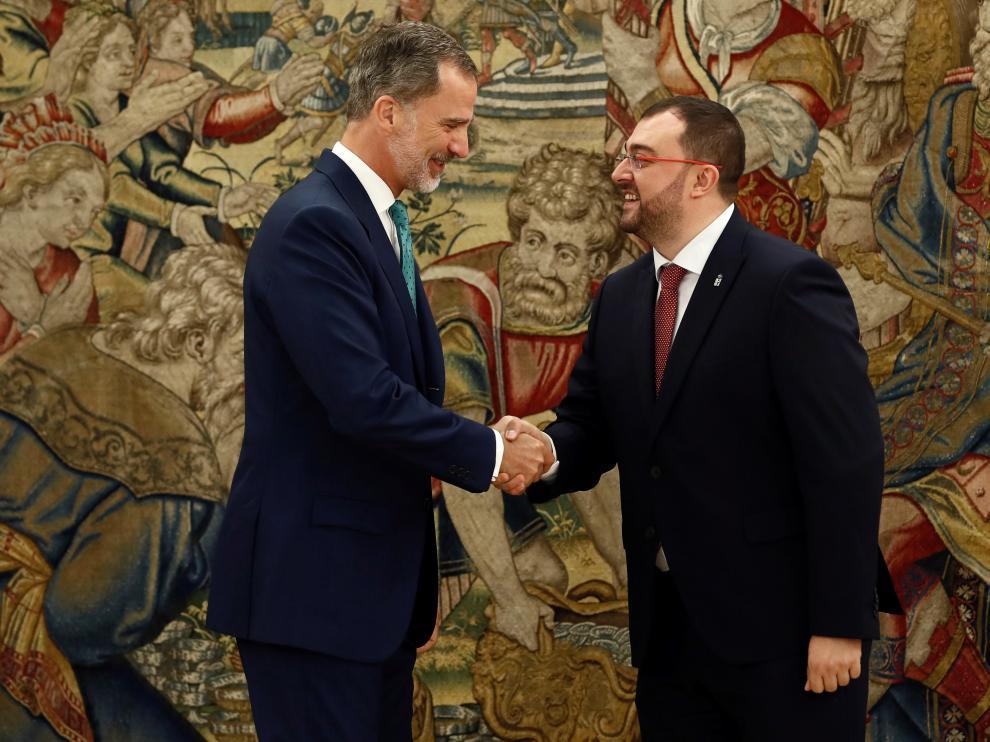 El Rey Felipe VI recibe a Adrián Barbón, presidente de Asturias.