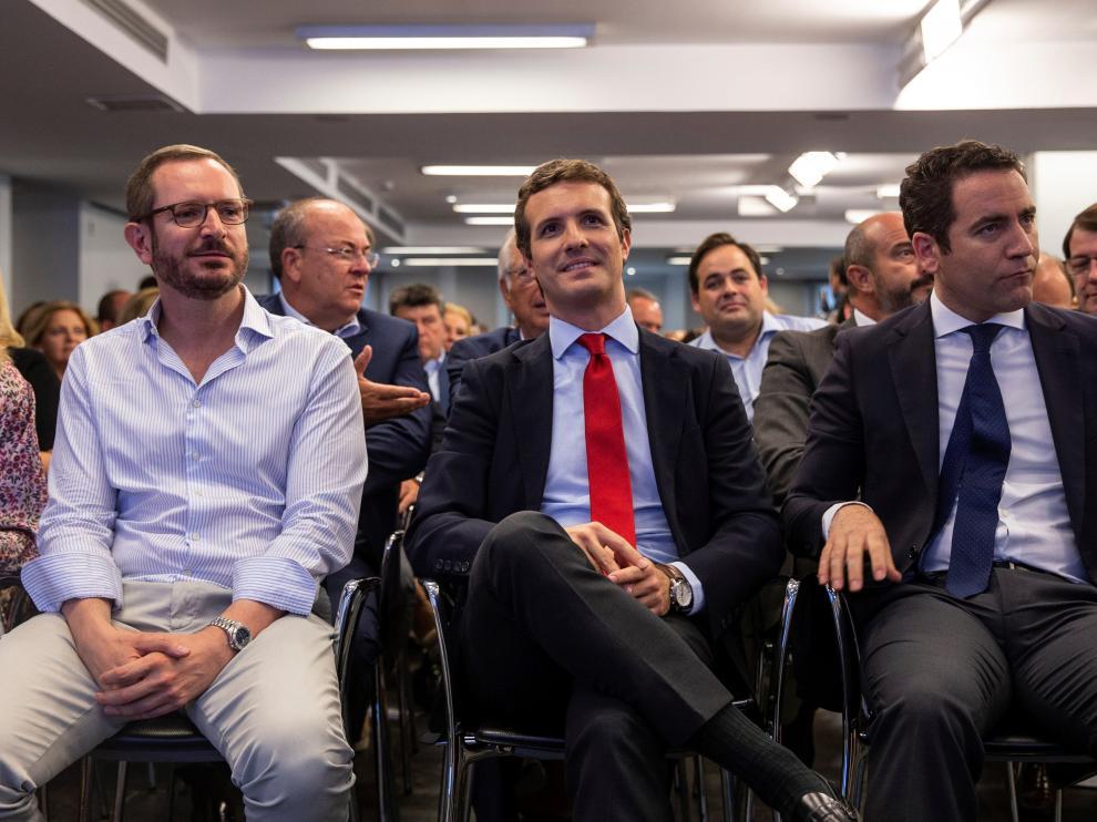 Javier Maroto, Pablo Casado y Teodoro García Ejea.