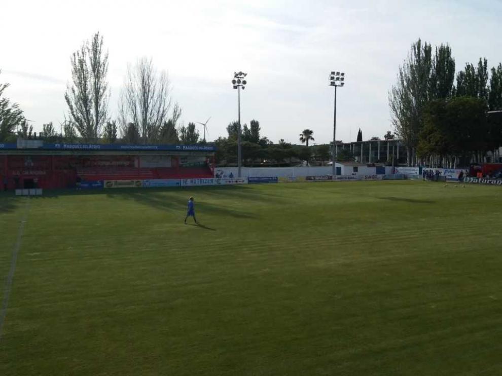 El campo del CD Calahorra, una hora antes del partido.