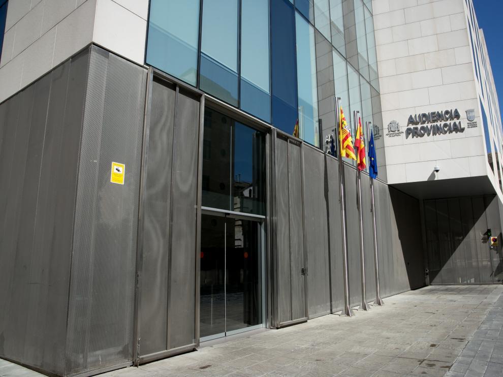 La Audiencia Provincial ha absuelto a la farmacéutica acusada.