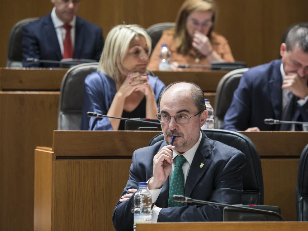 Javier Lambán, en las Cortes.