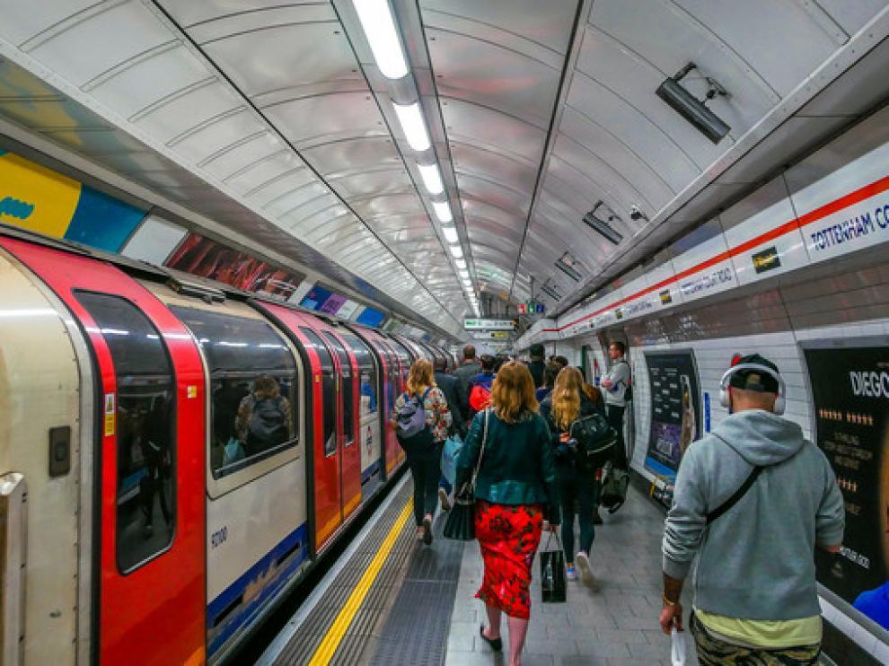 El estudio ha encontrado estafilococos multirresistentes en muestras tomadas en lugares públicos como el metro de Londres