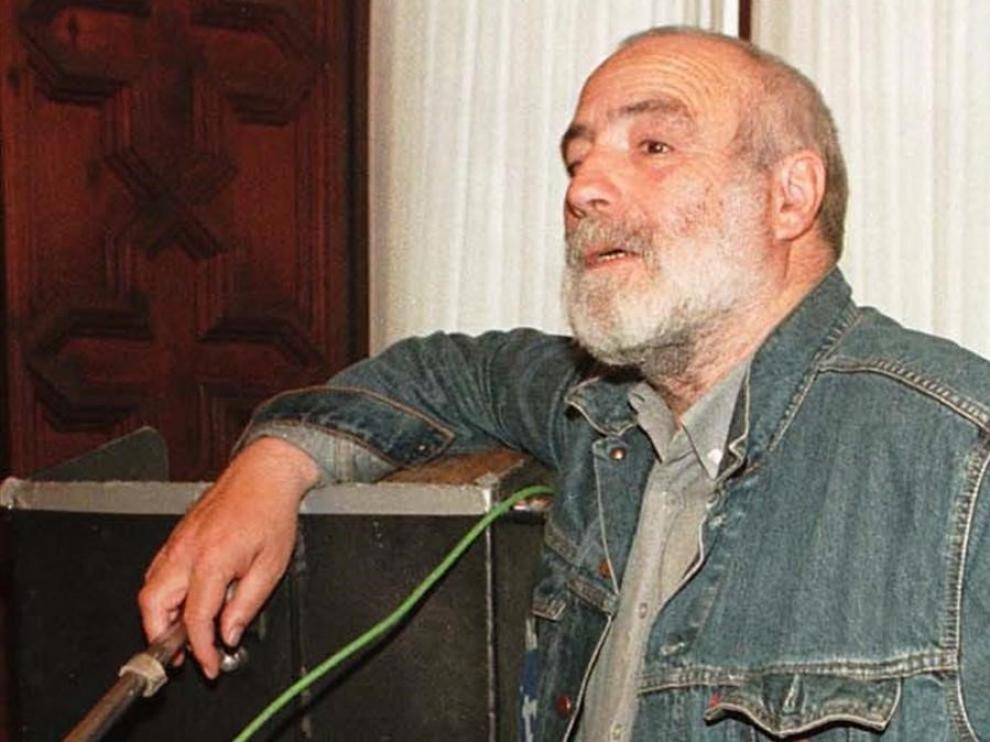 Muere el director de cine Roberto Bodegas a los 86 años.