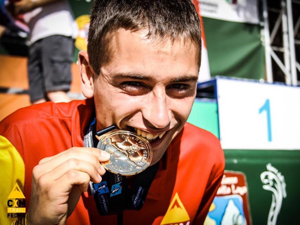 Daniel Osanz finaliza el Campeonato del Mundo Juvenil de Skyrunning con tres medallas: dos oros y una plata