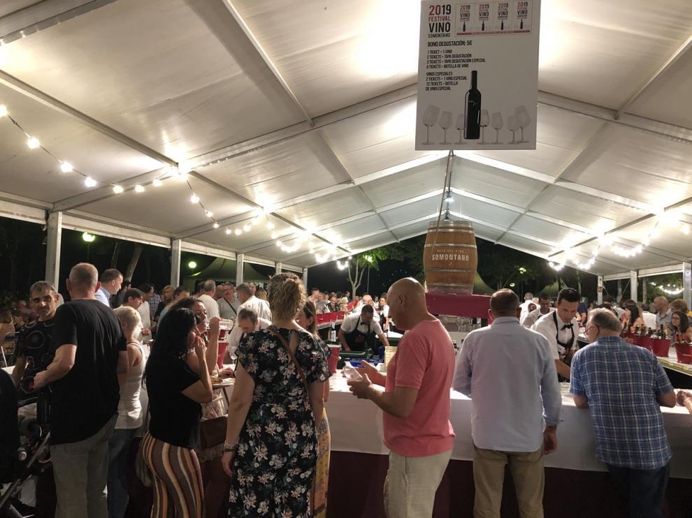 Más de 253.000 se han canjeado por vinos y tapas.