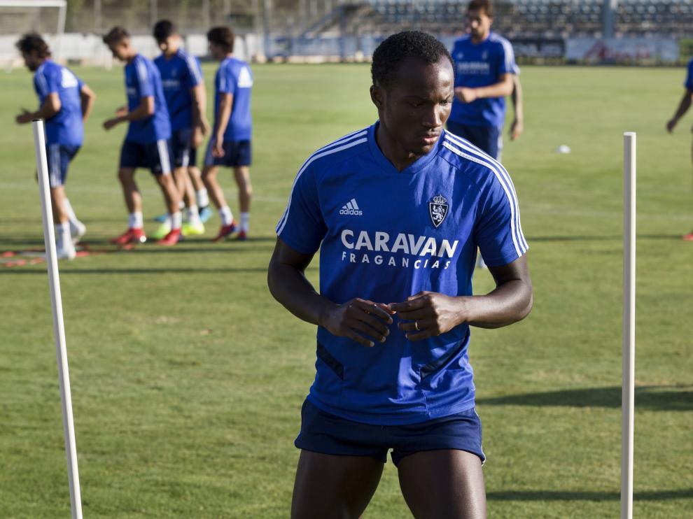 Raphael Dwamena, en un entrenamiento reciente en la Ciudad Deportiva.